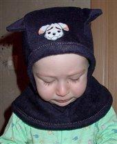 Пошив шапок из флиса. пристрачиваем на шарфик снежинки и сшиваем его.