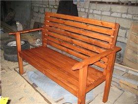 Деревянные садовые скамейки: Фотографии.