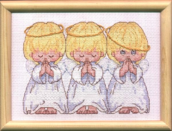 ...Решила ее немного поторопить, попинать что-ли...Буду учиться вышивать крестиком...ангелочков, конечно же...