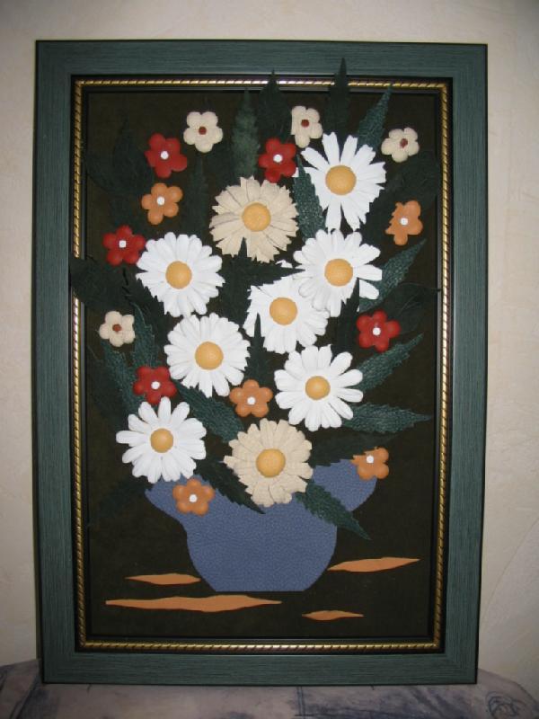 Цветы из кожи кПоделки для интерьера в