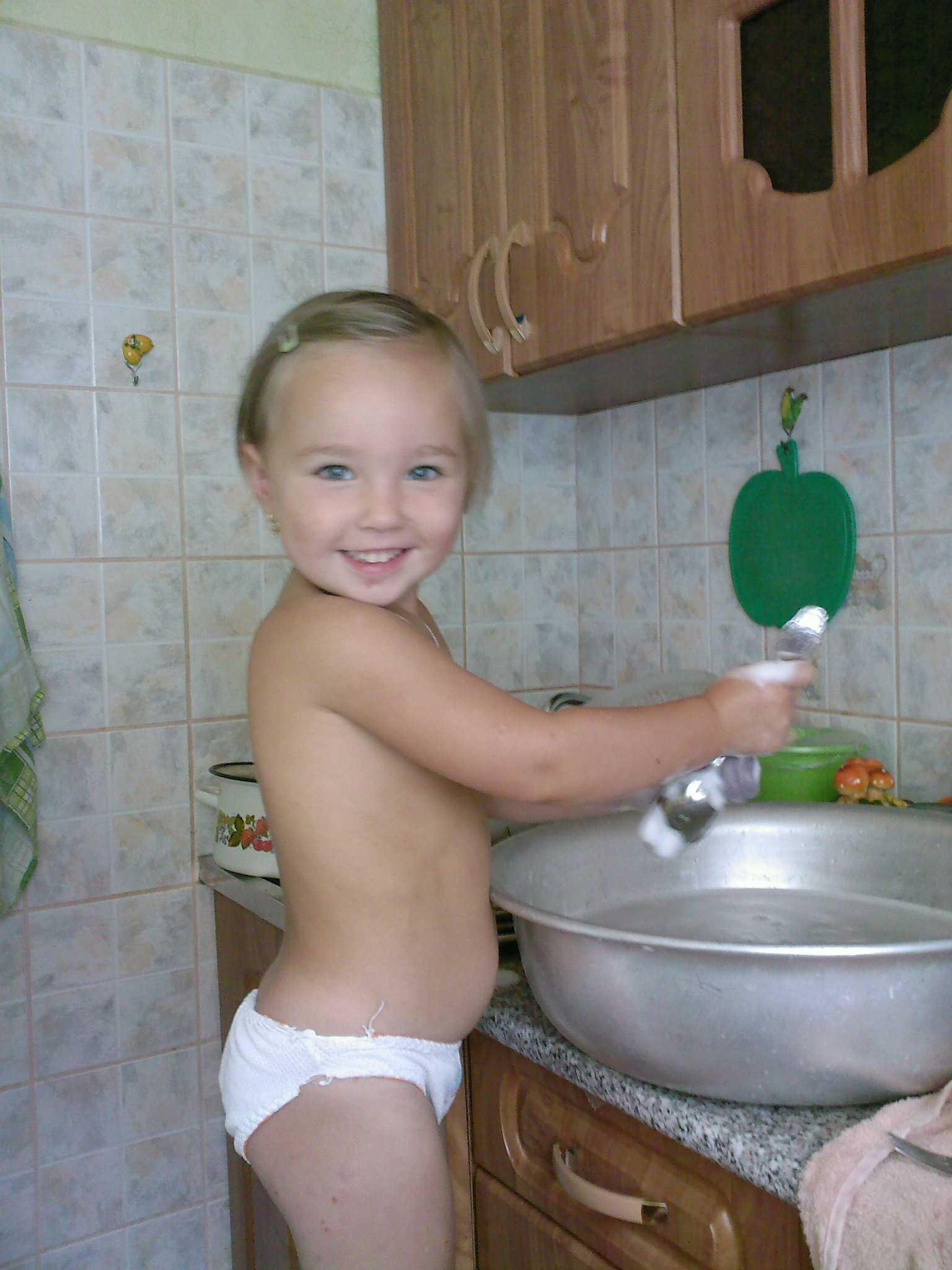 Сестра моется фото 12 фотография