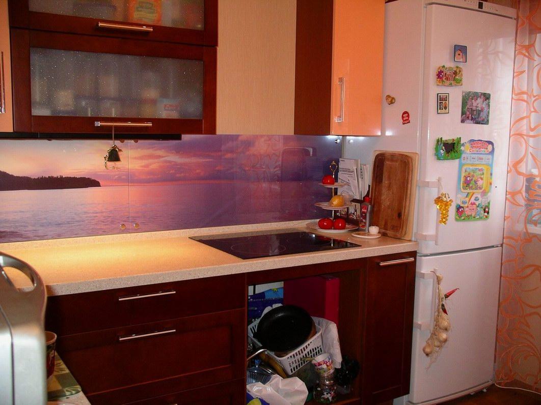 Кухня стеклянный фартук кухня