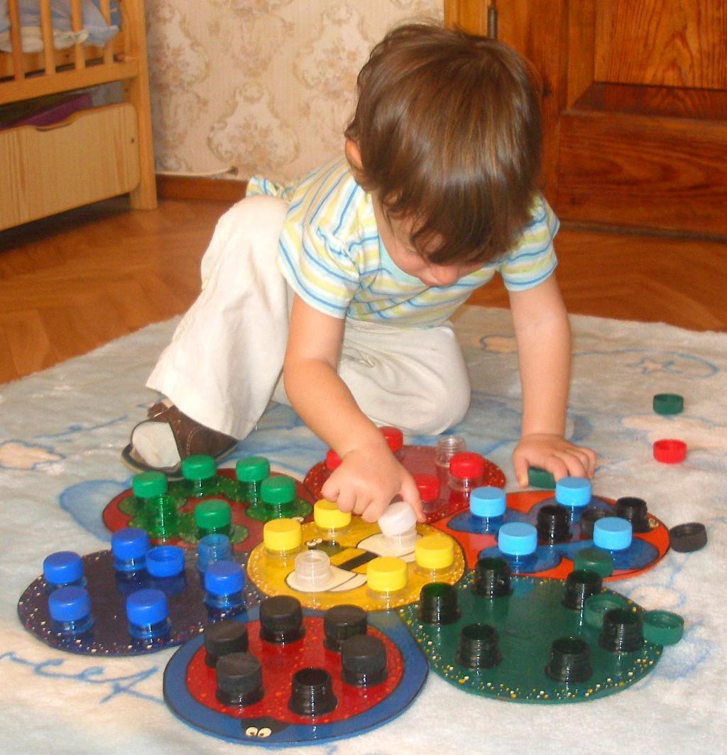 Развивающие игрушки своими руками для ребенка 3 лет