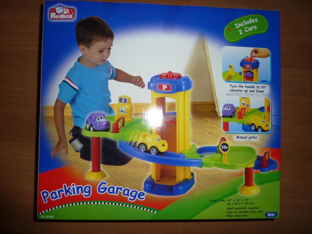 Он пихает ей разные игрушки онлайн фото 394-878