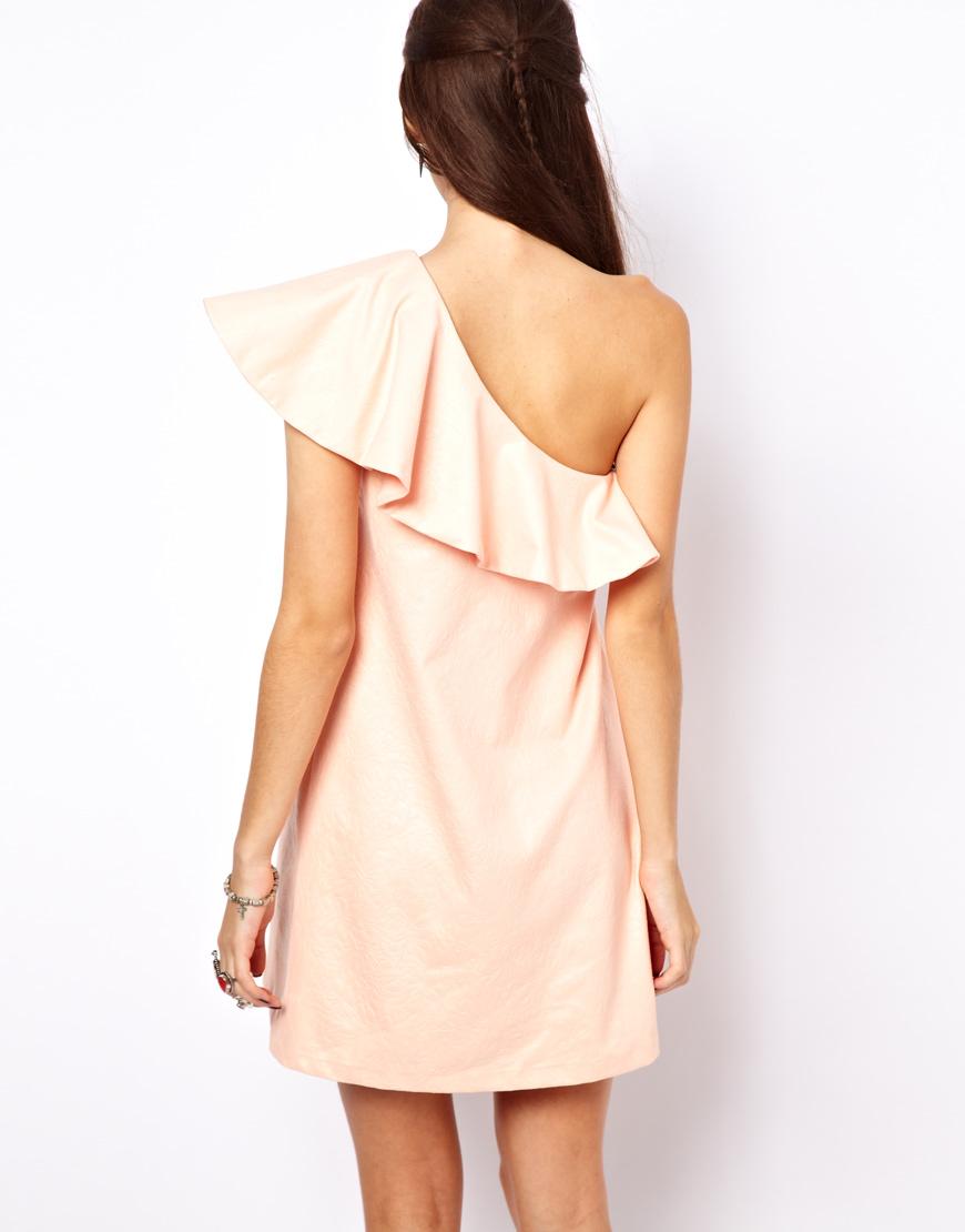 Платье с открытым плечом своими руками 391