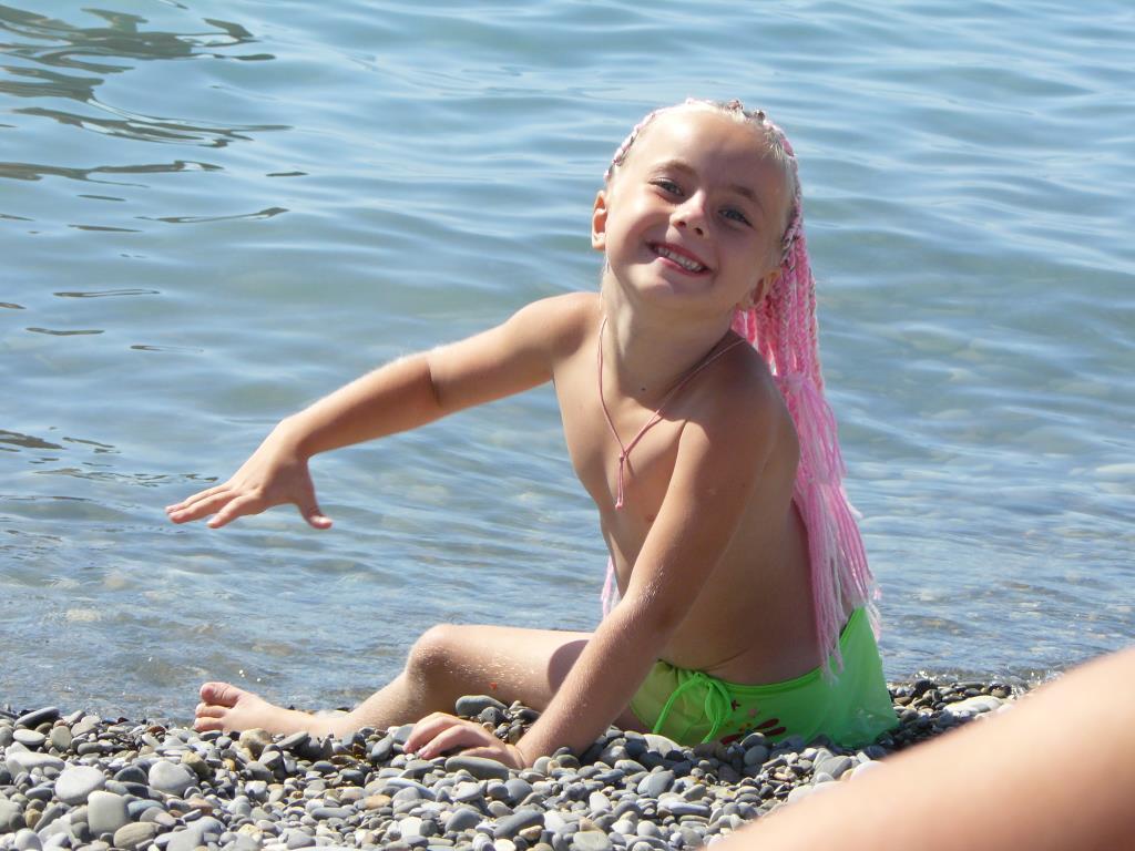 Трусики девочки голые смотреть онлайн 8 фотография