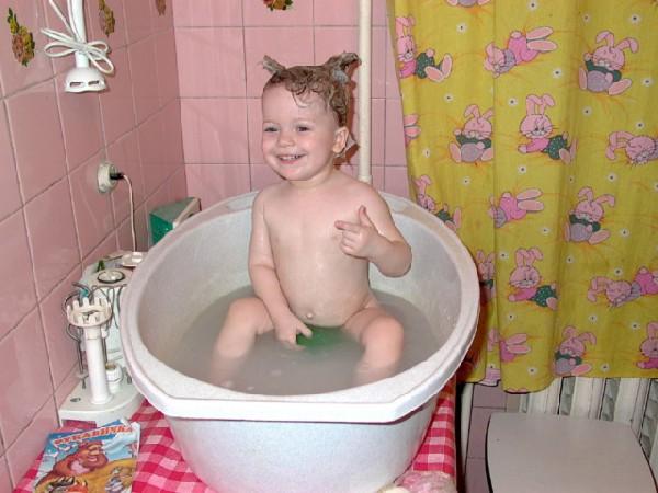вас последствия купания ребенка в горяче ванной при ручной стирке
