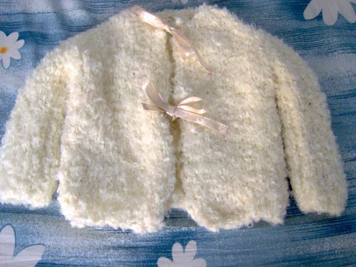 Вязание из детской пряжи букле