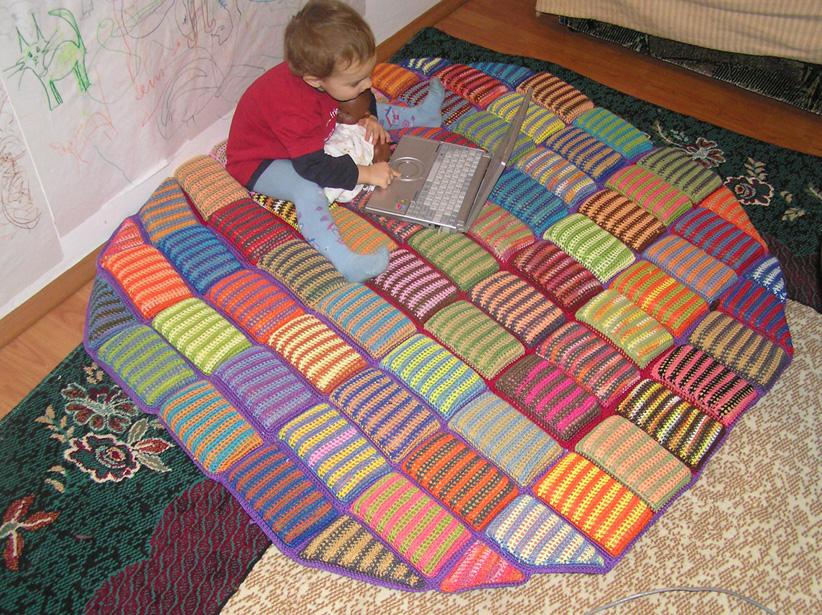 Как сделать коврик для детской своими руками 856