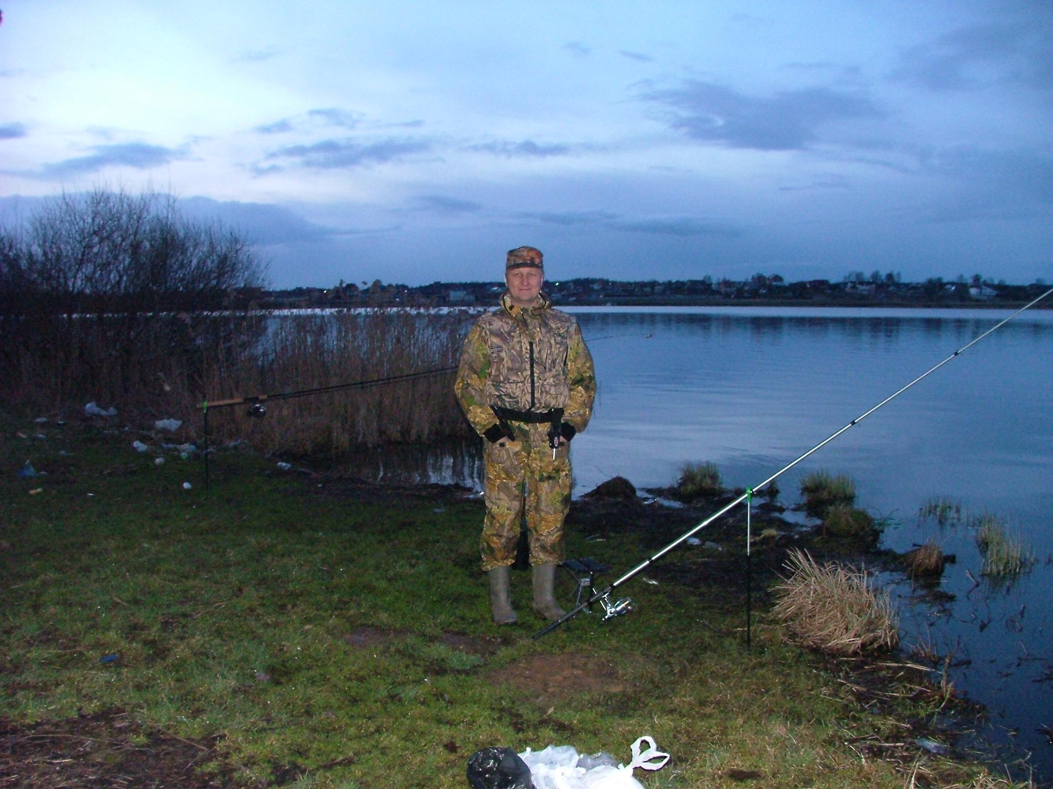 круглый пруд рыбалка
