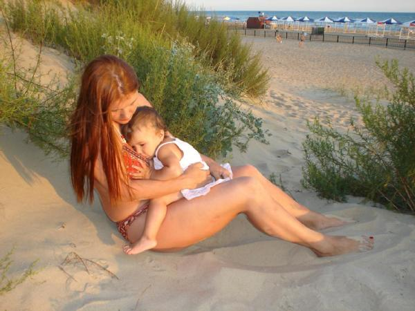 фото голой мамы с дочкой № 300998 загрузить
