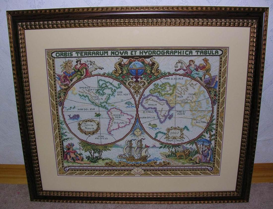 Вышивка географическая карта мира.