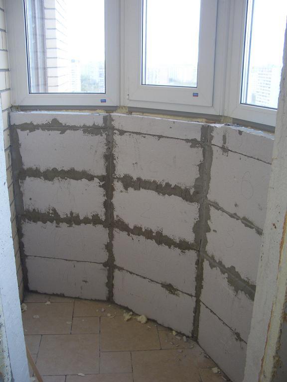 Пеноблок на балкон общежития. - дизайн маленьких лоджий - ка.