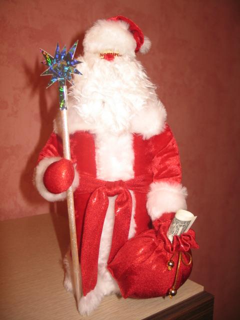 Дед мороз из пластиковых бутылок своими руками фото