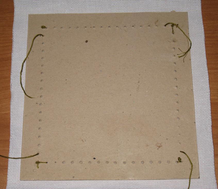 Как самостоятельно вставить вышивку в рамку 25
