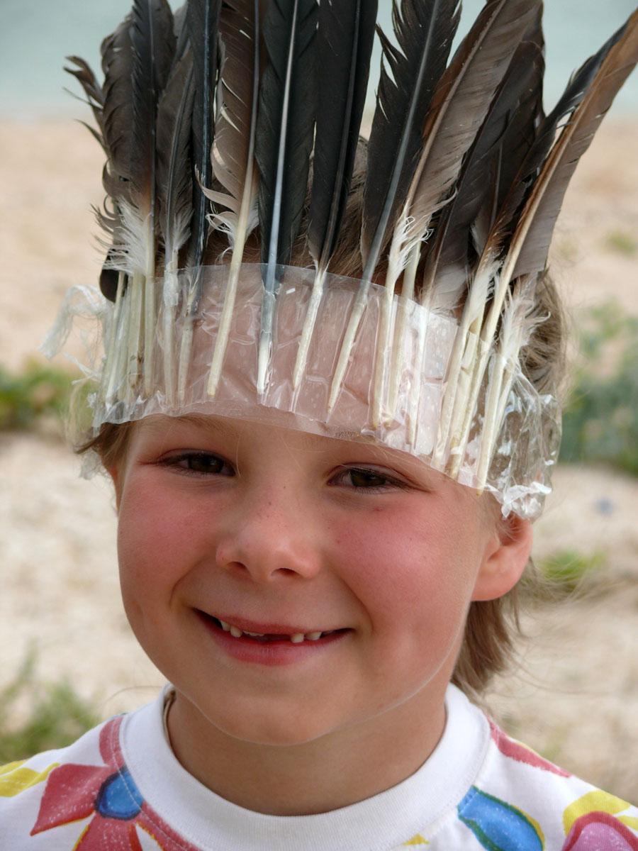 Как сделать шапку индейца для девочки