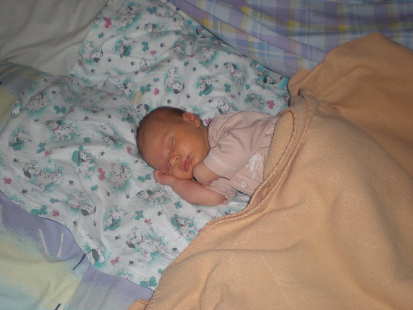 Фото спящих детей в 3 месяца