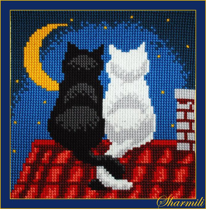 Вышивка крестом кошка сидит