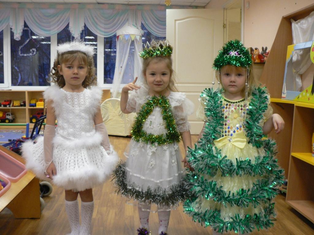 Платье на утренник в детском саду