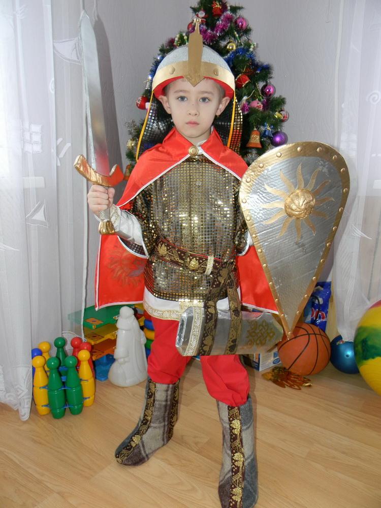 Новогодний костюм богатыря своими руками выкройки