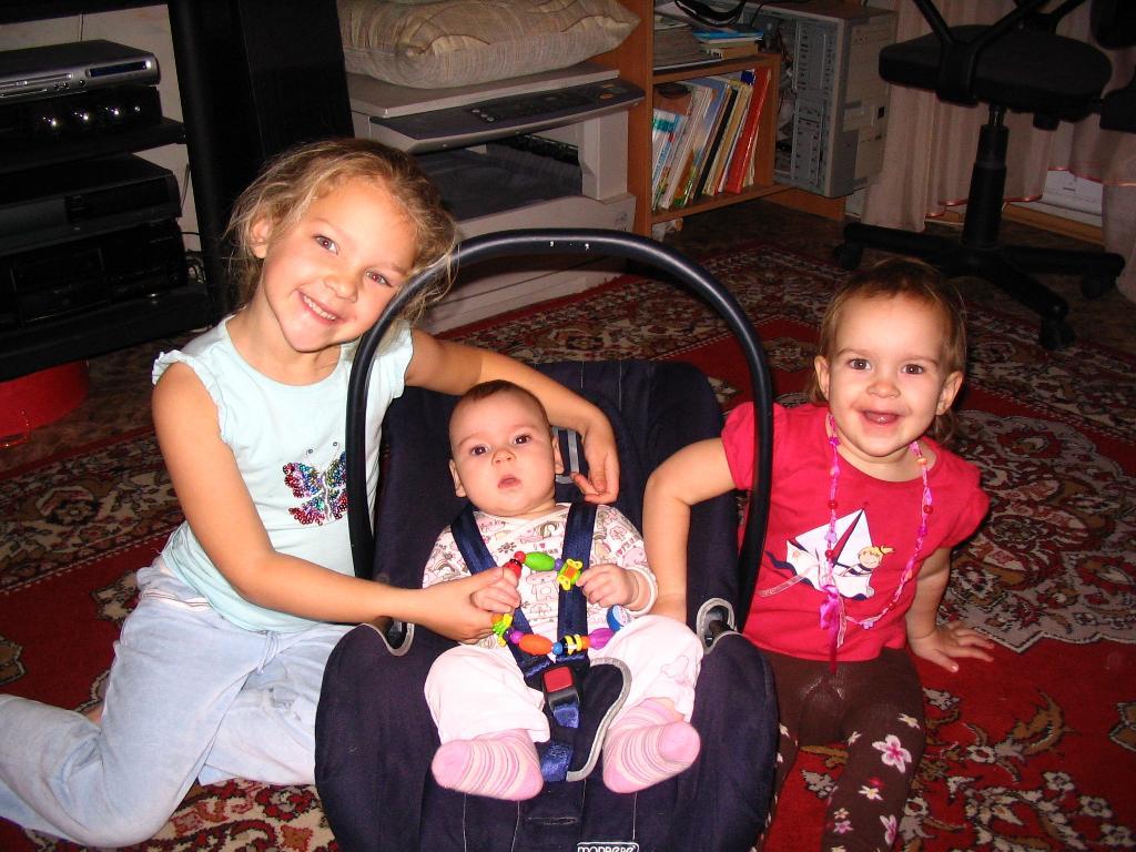 Фото толстые три члена в одну женщину 14 фотография