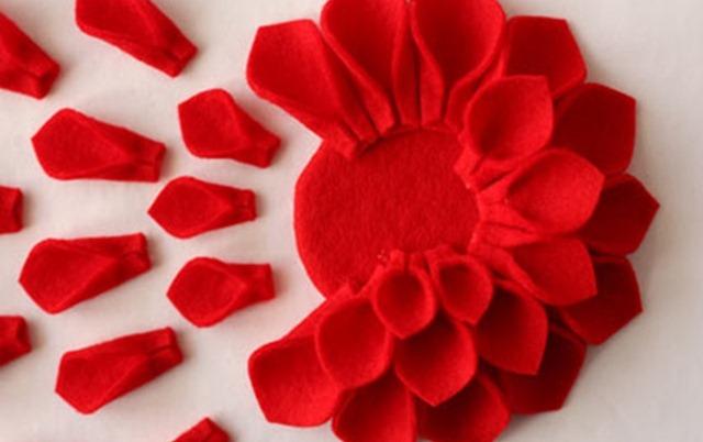 Колпачки на новый гКак сделать искусственный цветок