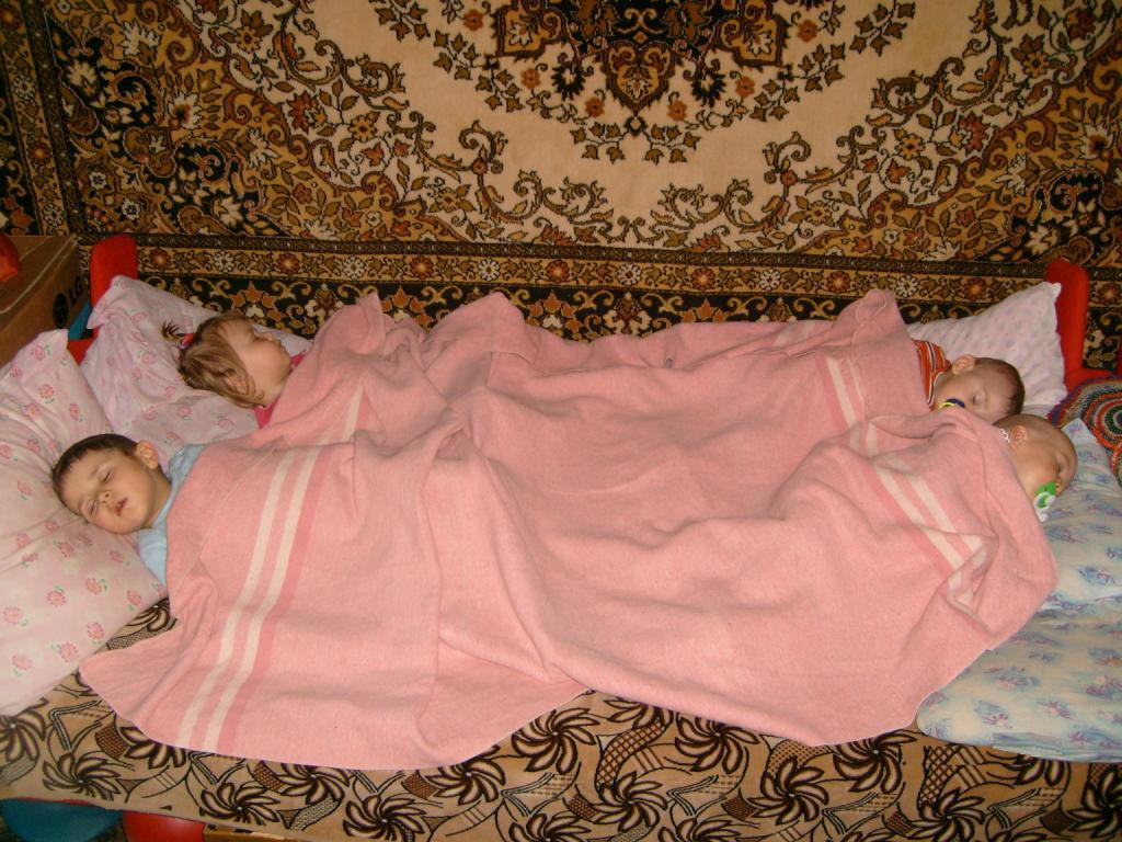 Секс в одеяле 21 фотография