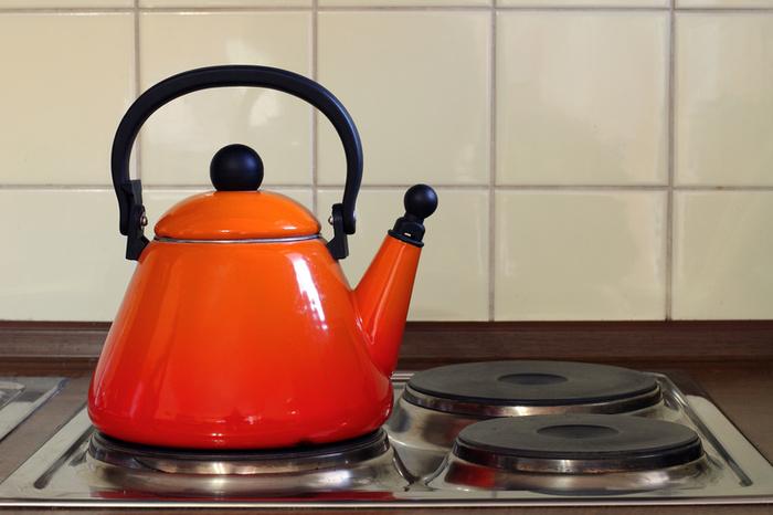 реальный покупатель почему не шумит вода в эмалировангом чайн ке свое отражение
