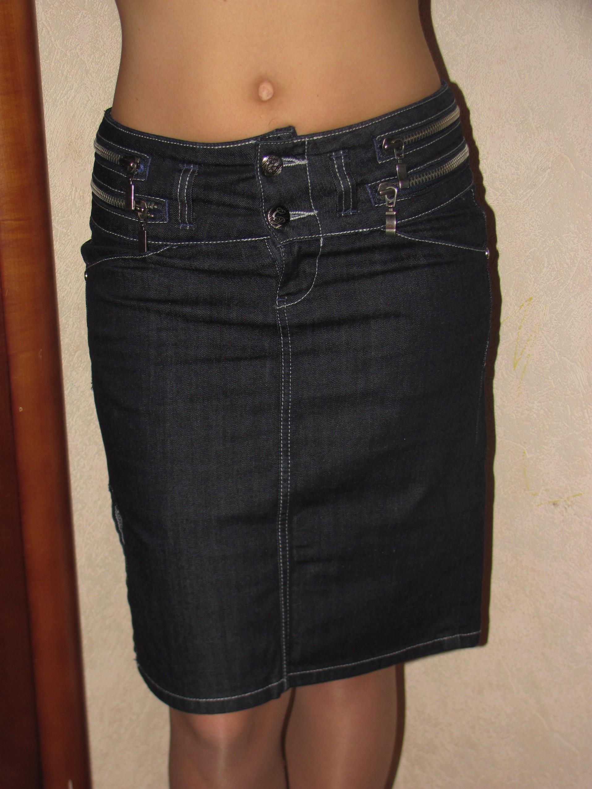 Как украсить черную юбку своими руками