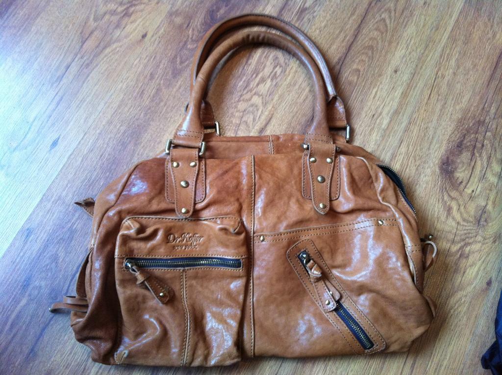 Распродажа женских сумок