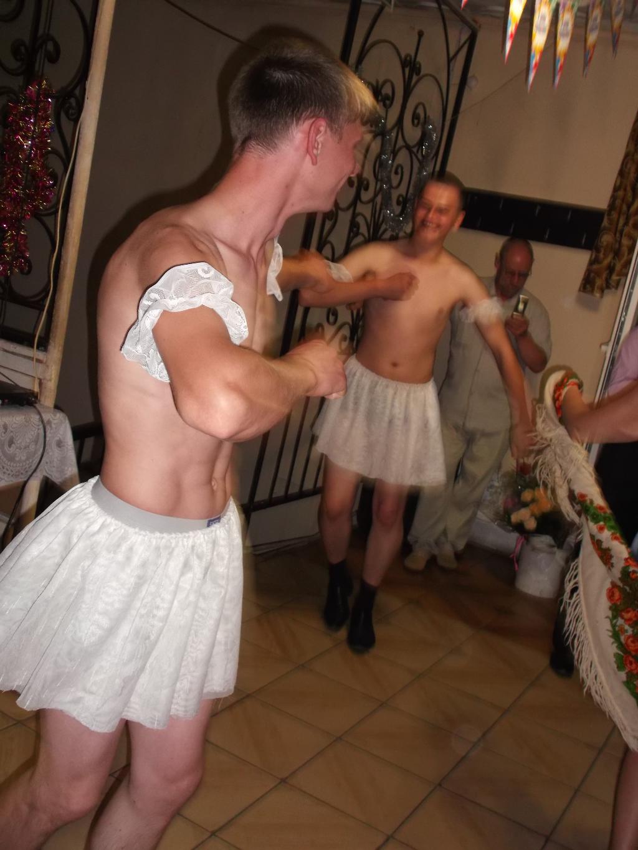 Свидетель отодрал невесту на свадьбе 11 фотография