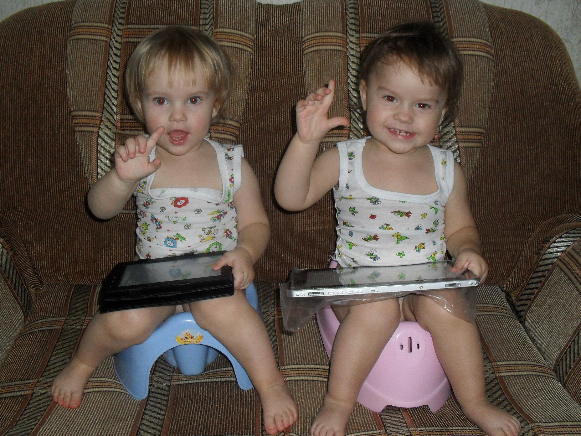 Фото маленька девочка и ее пися, Девочка созрела? Самые скандальные фотосессии юных 3 фотография