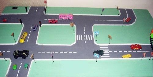 Рисуем дорогу для машинок своими руками