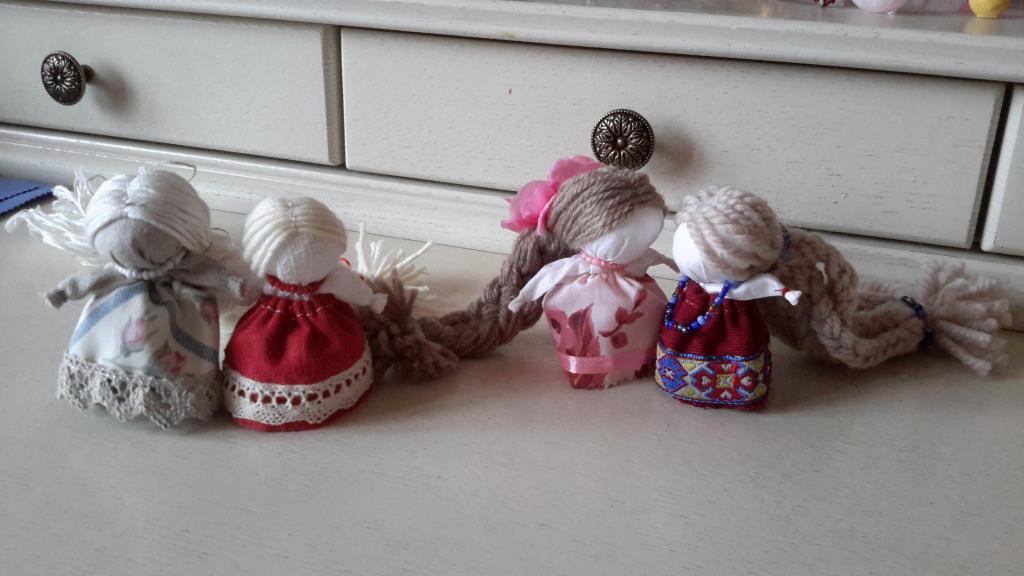Кукла из лоскутков для детей своими руками