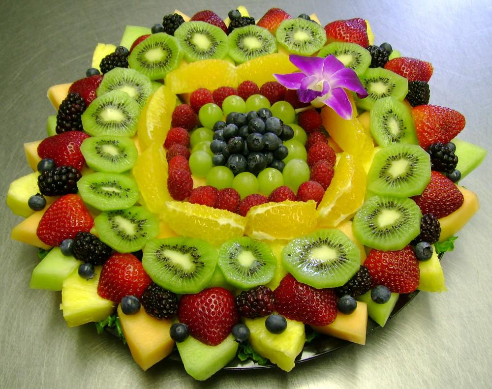 Сервировка фруктовой нарезки пошагово