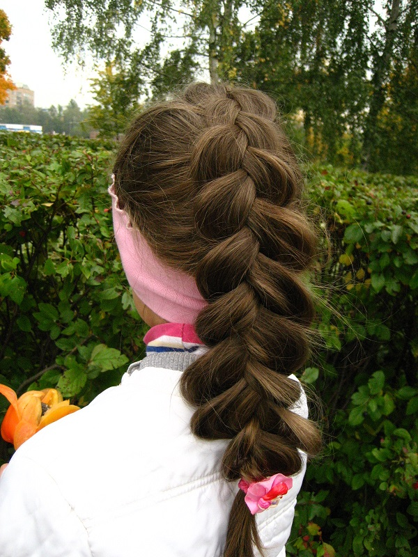 Маруся-краса - пышная коса. Прическа под настроение