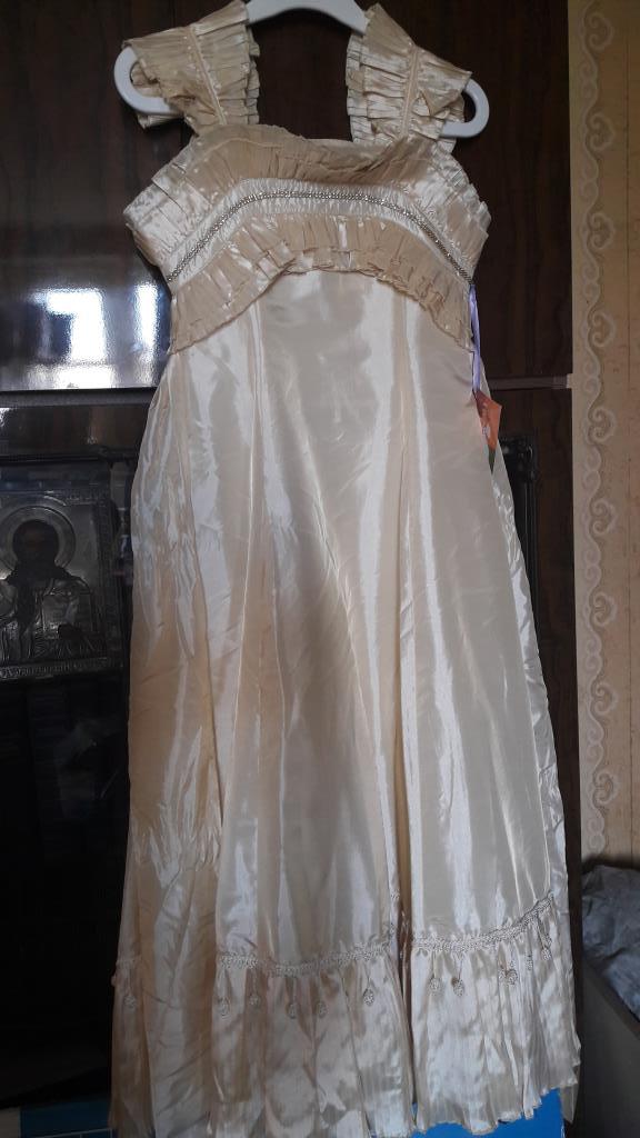 Нарядное платье. фирма Ви-Дэй. Размер 11 лет.. ОБМЕН/ПРОДАЖА