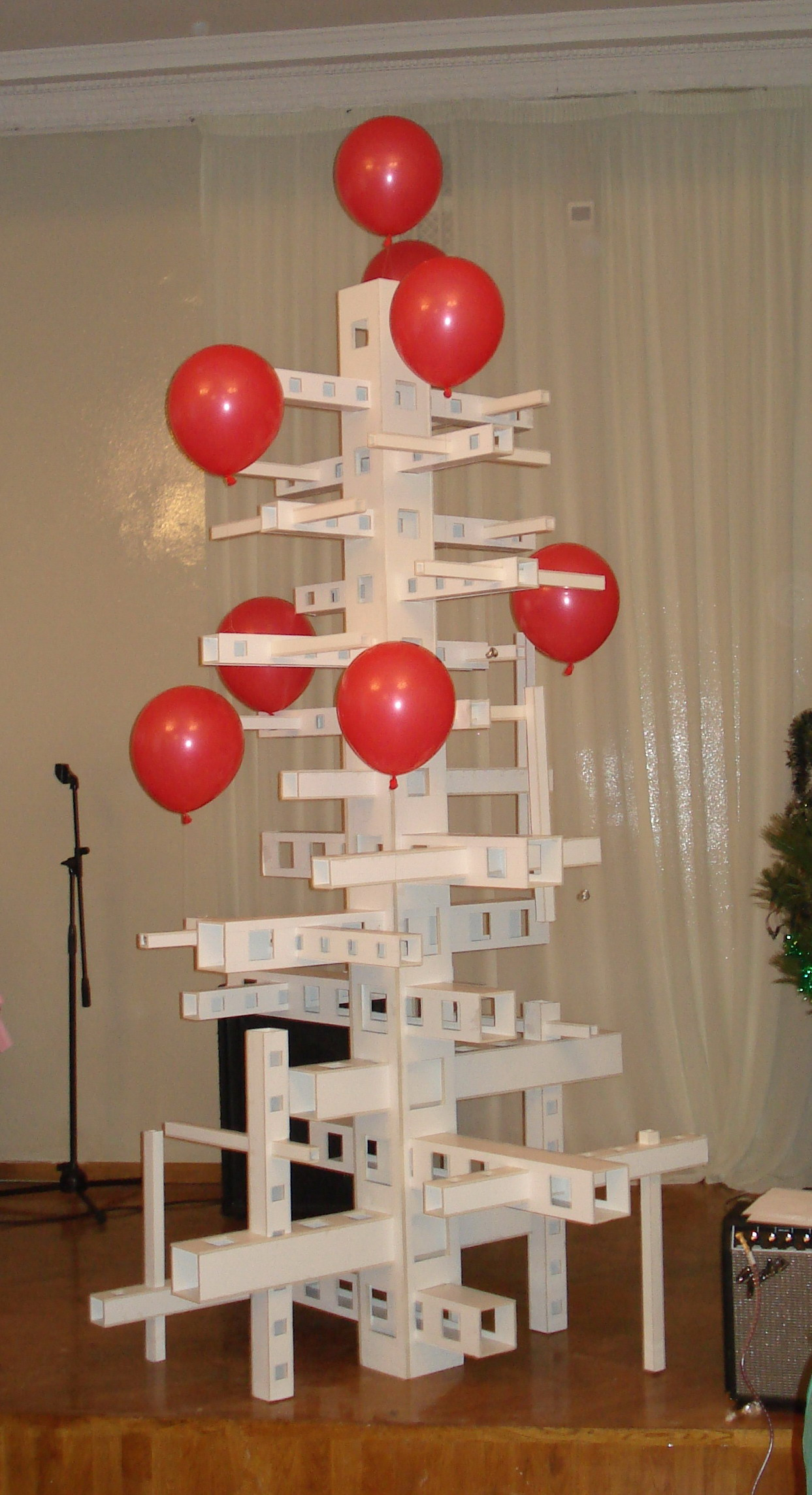 Елка архитекторов). Блиц: новогодняя елка