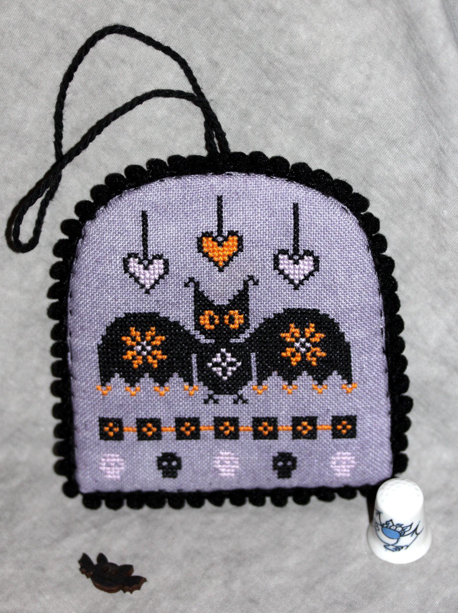 Bat - дизайн Ирины Вебер.