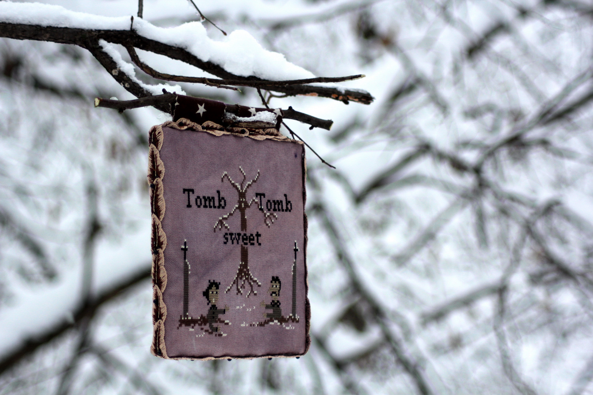 Tomb sweet Tomb - Fairy Wool in the Wood.