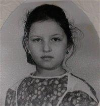 Кирюша-школьница