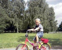 веселый велосипедист