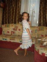 Вязаное платье для дочки
