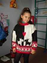 Детский свитер с собачками