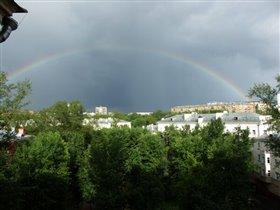 Как из нашего окна супер-радуга видна