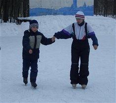 В субботу на лыжах, в воскресенье - на коньках