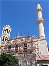 Собор и мечеть в одном флаконе