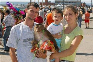 С обезьяной