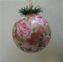 Ёлочный шарик