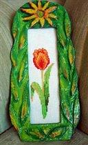 Тюльпан в стеклянной рамке